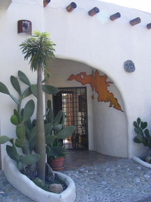 Puerta en fachada Casas mediterráneas de Cenquizqui Mediterráneo