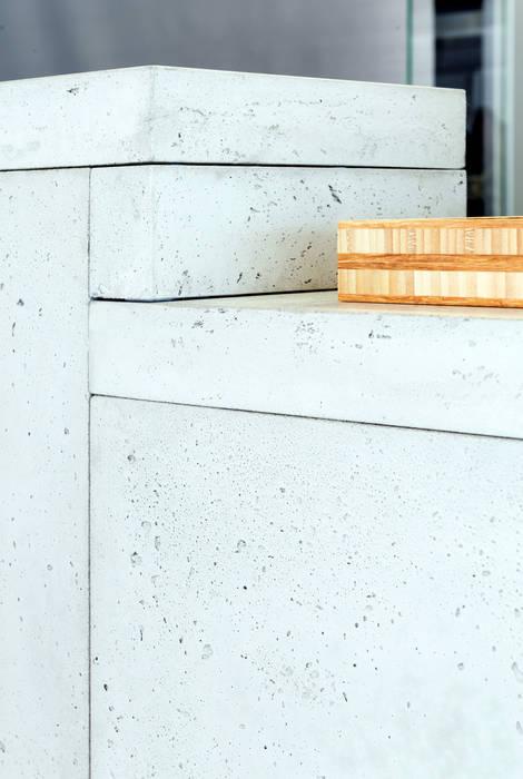 MOBA: Cuisine de style de style Moderne par Concrete LCDA