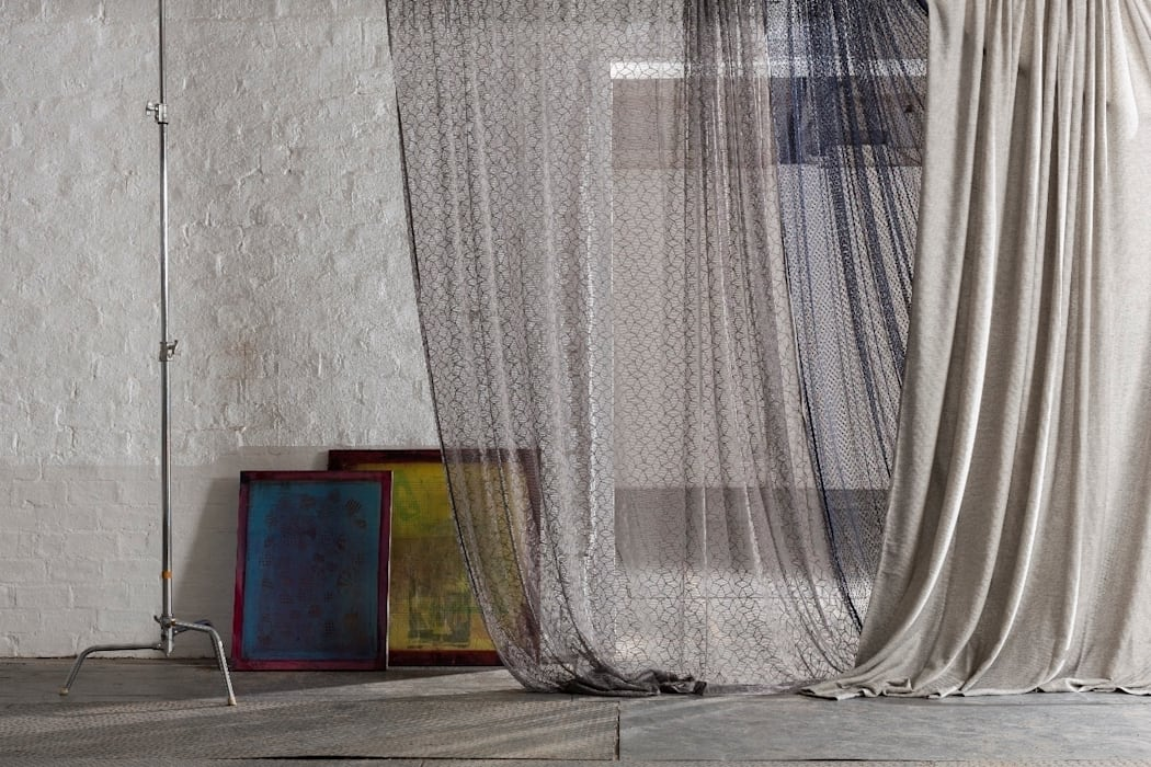 Galloway Sheers Collection de MYB Textiles Moderno