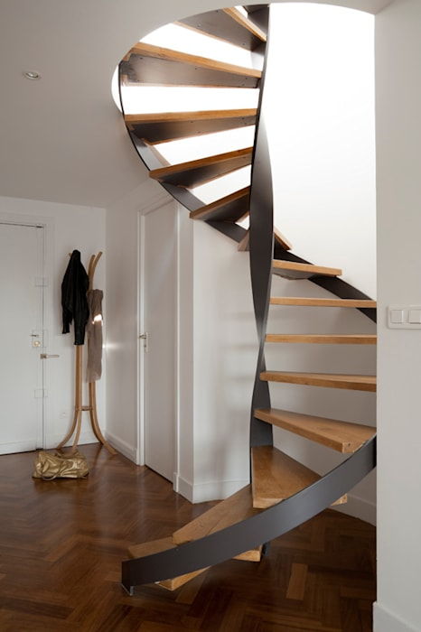 Modern Corridor, Hallway and Staircase by ATELIER FB Modern