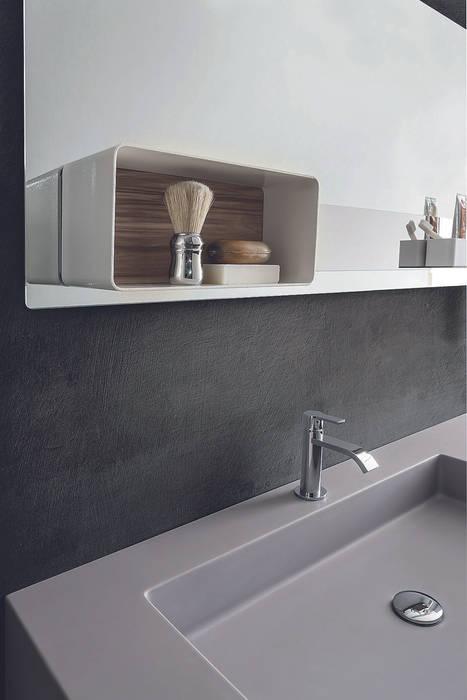 Magnetika bathroom - magnetic case on metal panel Ronda Design BathroomStorage