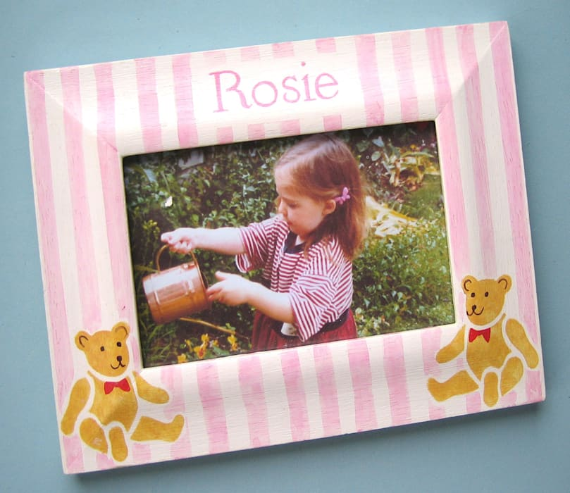 Teddy Stripe Personalised Photo-frame par Anne Taylor Designs Moderne