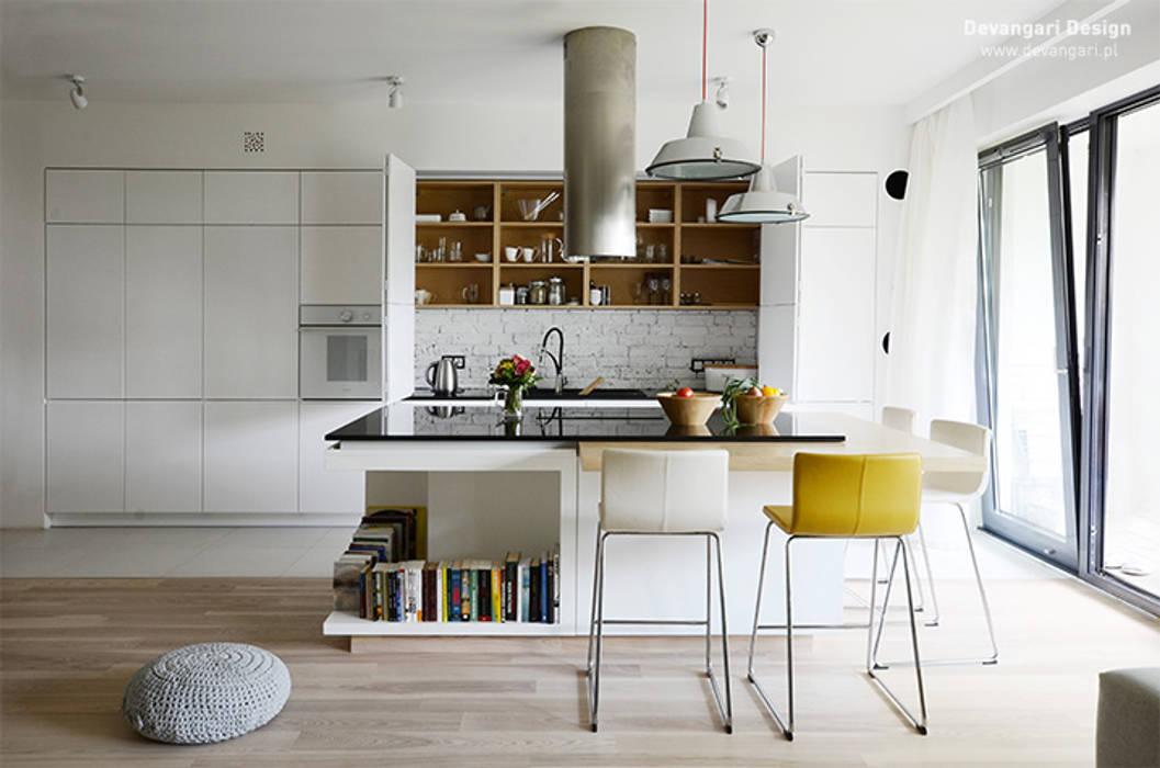 Mieszkanie Wilanów Skandynawska kuchnia od Devangari Design Skandynawski