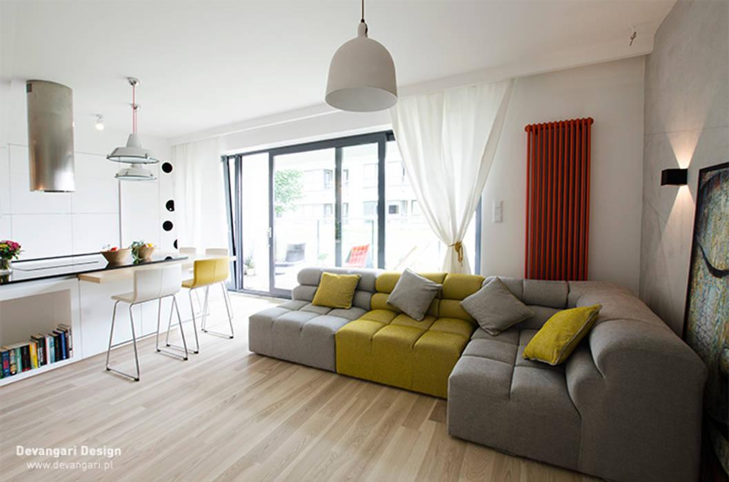 Salones de estilo escandinavo de Devangari Design Escandinavo