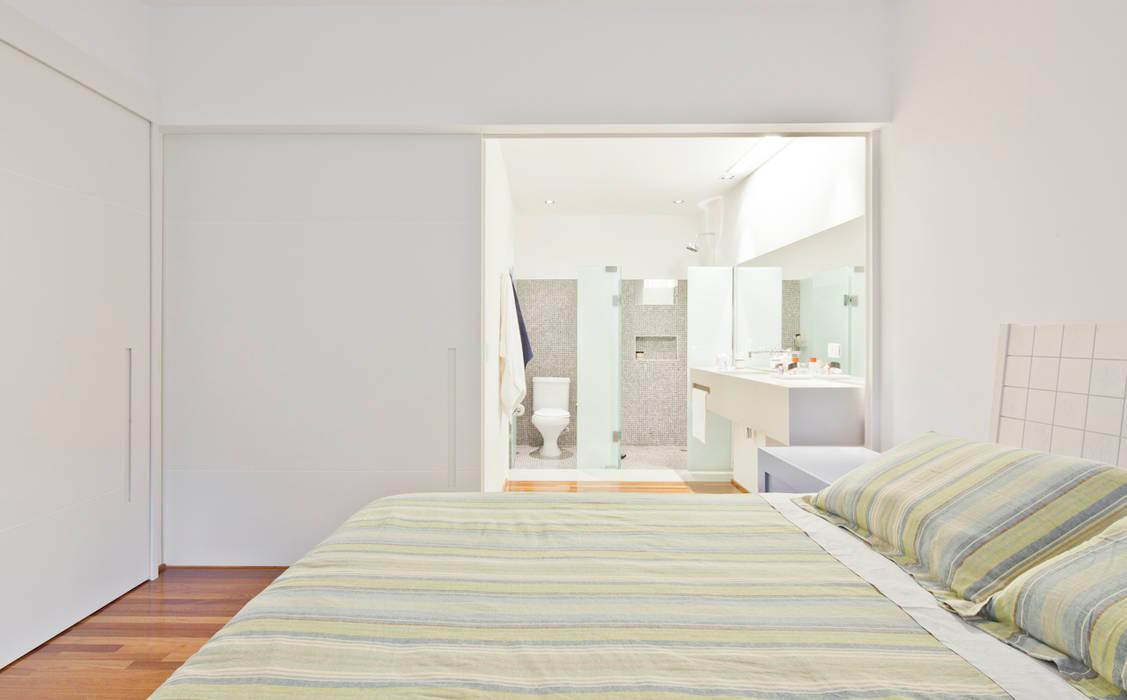 Projeto Araguari Quartos modernos por Stuchi&Leite Projetos Moderno