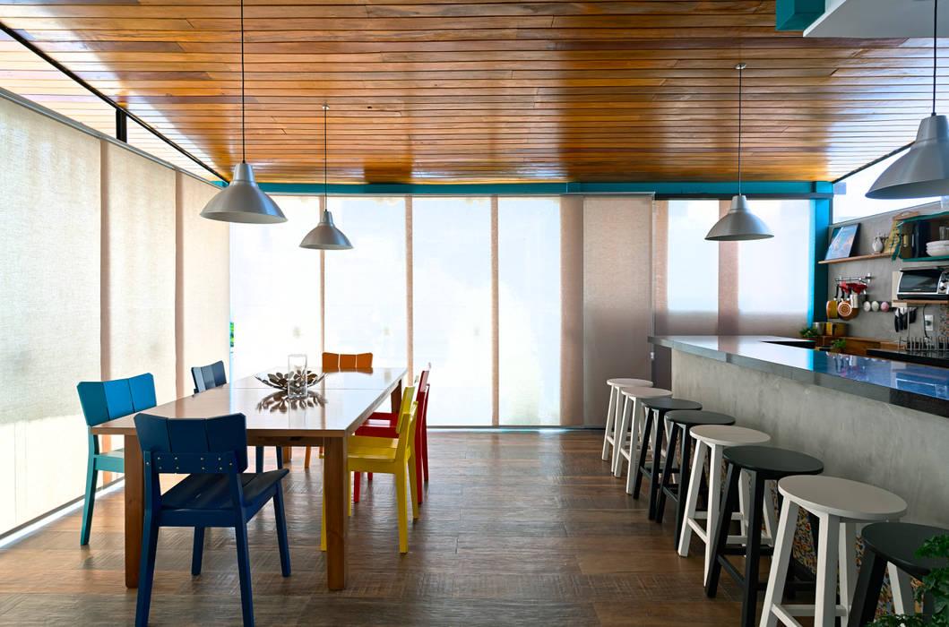 Cocinas de estilo  por Estúdio 102, Moderno