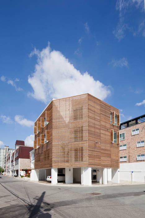 루버하우스: 스마트건축사사무소의  주택,