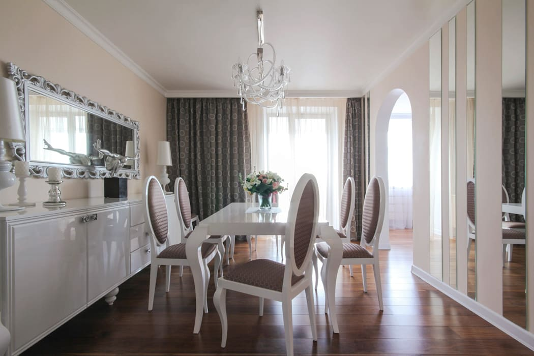 Eclectic style dining room by ДизайновТочкаРу Eclectic