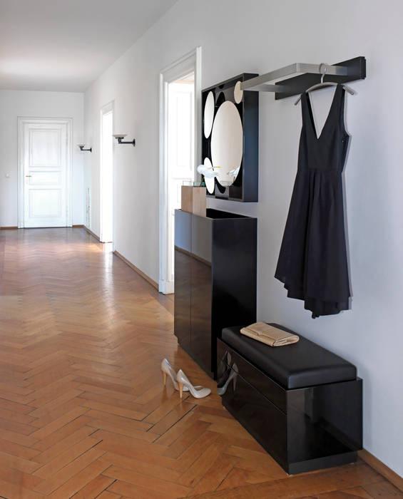 Zimmermanns Kreatives Wohnen Corridor, hallway & stairs Clothes hooks & stands