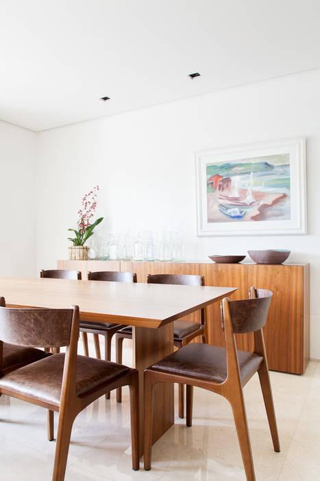 mmagalhães estúdio_Apartamento Parque: Salas de jantar  por mmagalhães estúdio