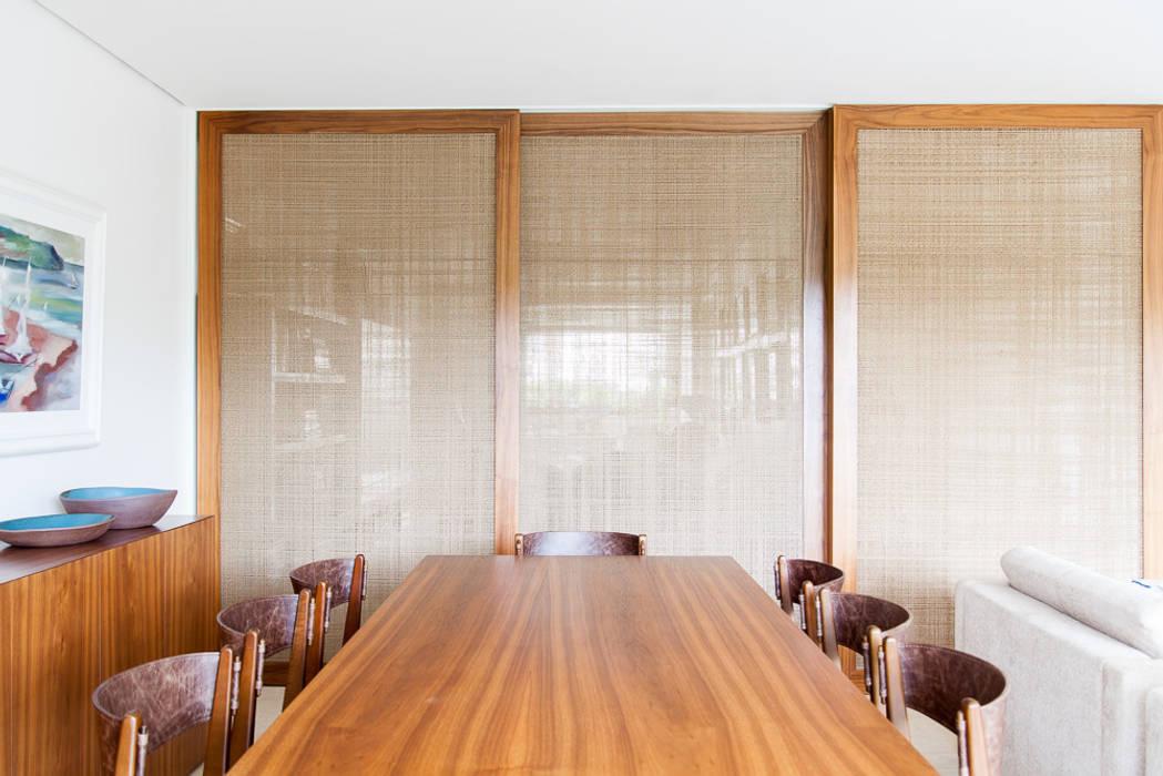 mmagalhães estúdio_Apartamento Parque Salas de jantar modernas por mmagalhães estúdio Moderno