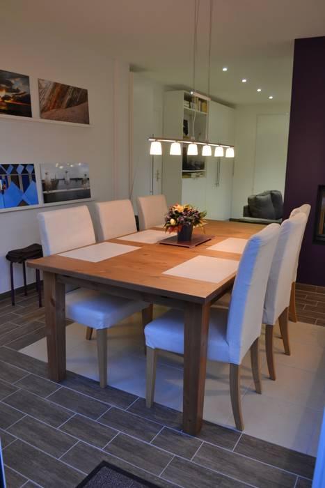 Coin repas: Salle à manger de style de style Scandinave par In Déco
