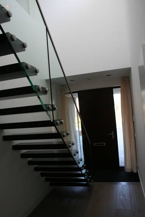 ทันสมัย  โดย Allstairs Trappenshowroom, โมเดิร์น