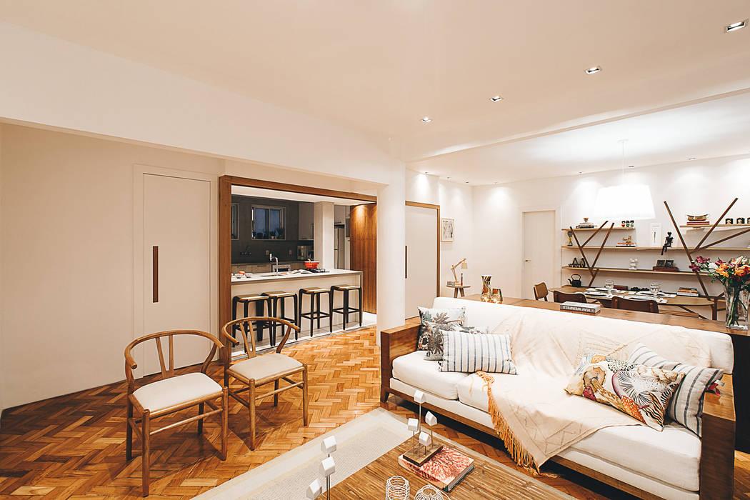 Apartamento Getúlio das Neves: Salas de estar  por Cerejeira Agência de Arquitetura,