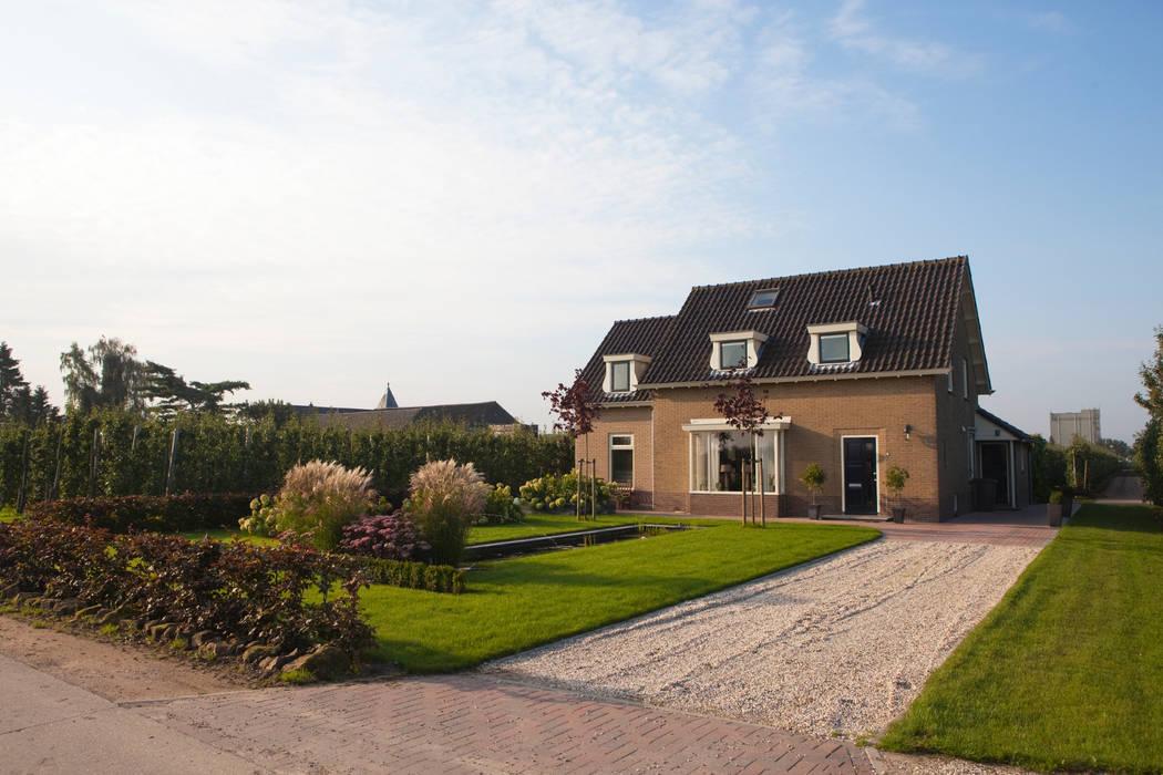 Landelijke voortuin Landelijke tuinen van Dutch Quality Gardens, Mocking Hoveniers Landelijk