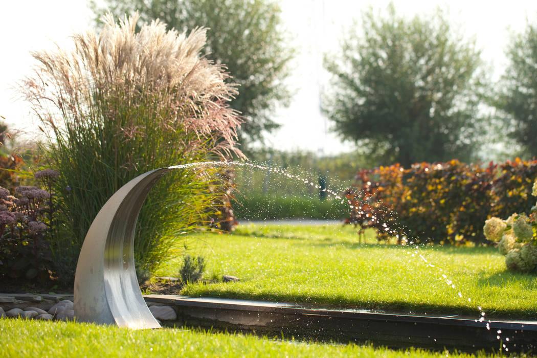 Landelijke voortuin:  Tuin door Mocking Hoveniers