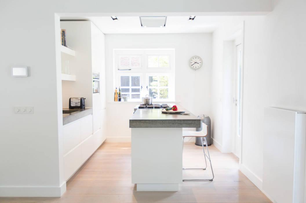 Woonhuis Laren:  Keuken door ontwerpplek, interieurarchitectuur