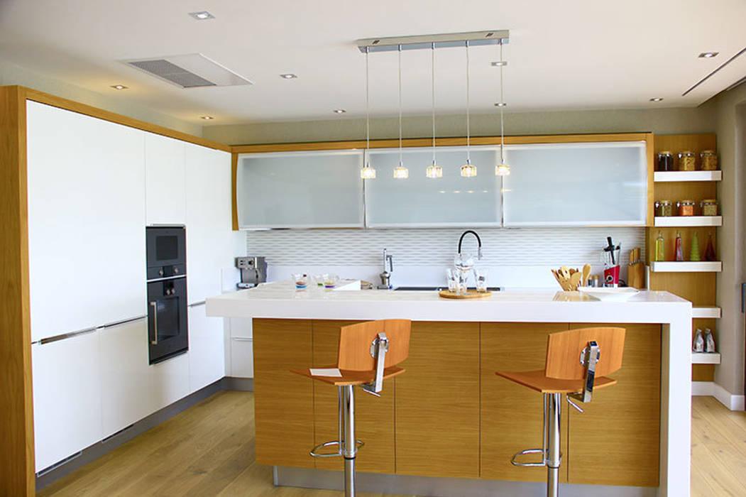 Dapur oleh ARTHUR&MILLER, Modern