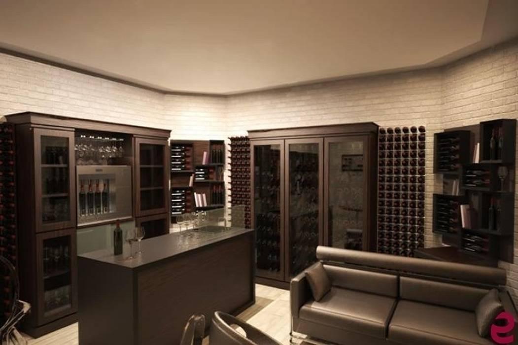 Arredamento esigo per wine room cantina in stile di esigo for Arredamento cantina