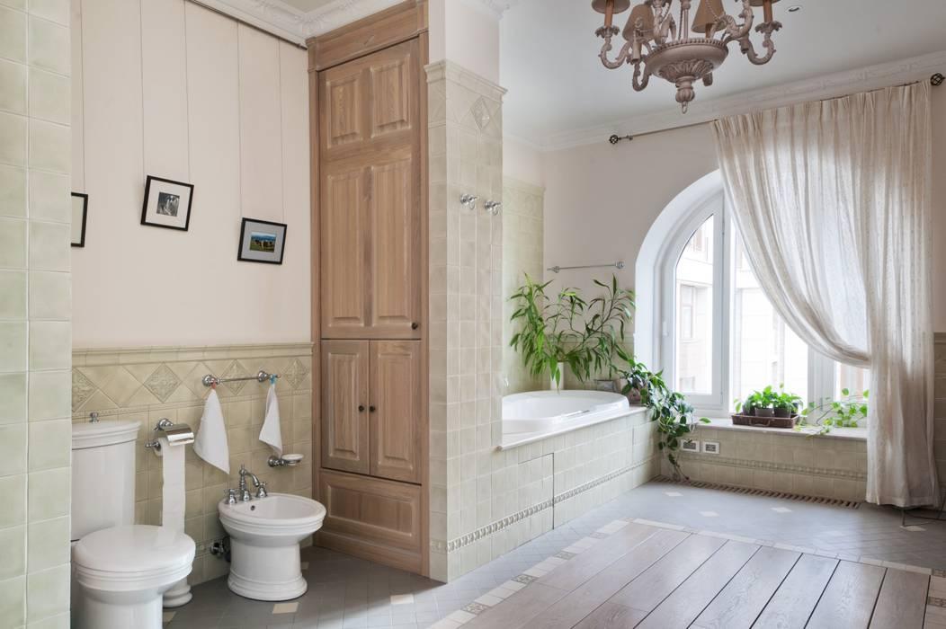 Светлая квартира: Ванные комнаты в . Автор – ANIMA, Скандинавский