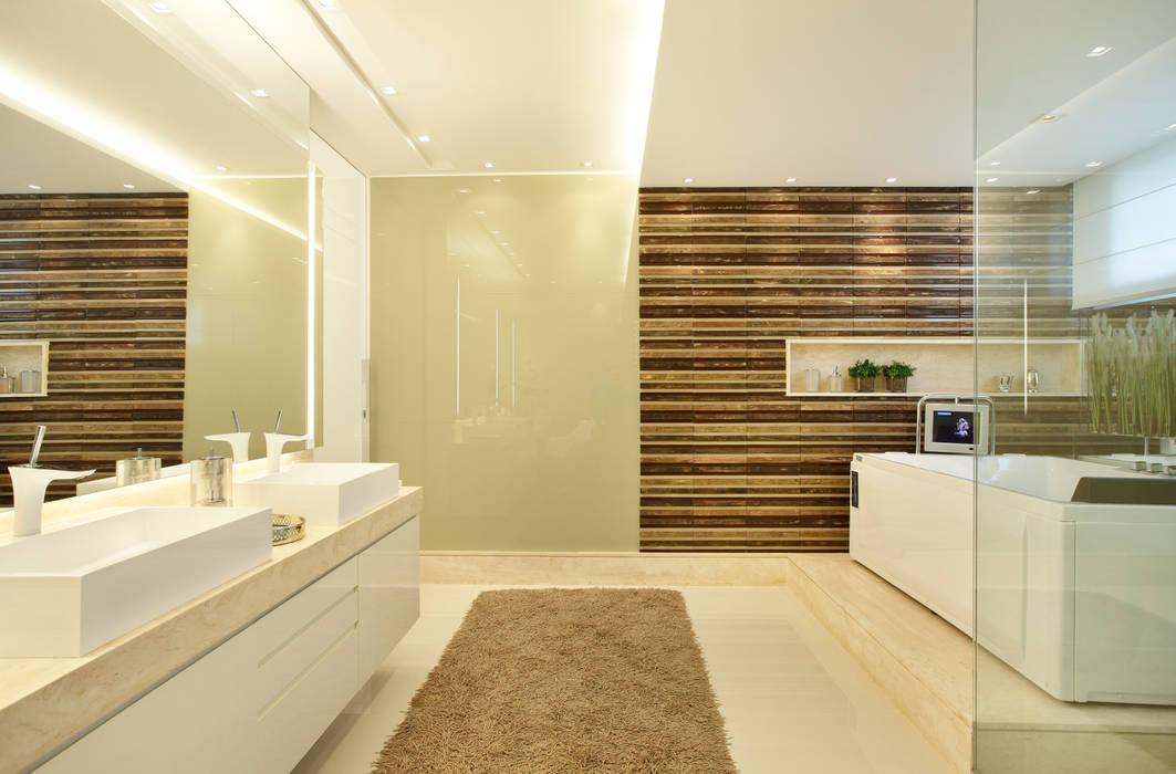 Banheiro do casal Studio Claudia Pimenta e Patricia Franco Decoração de Interiores Banheiros modernos