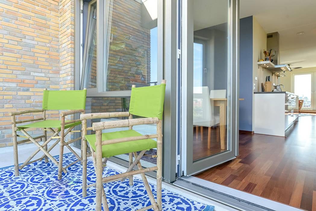 Balcon, Veranda & Terrasse tropicaux par Aileen Martinia interior design - Amsterdam Tropical