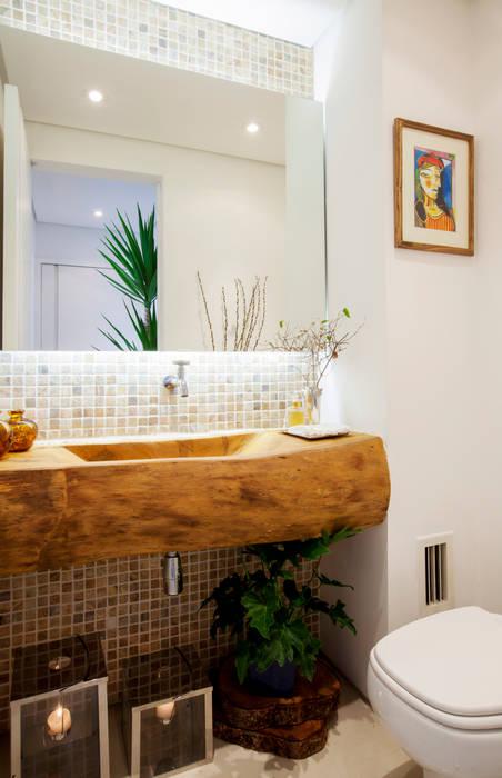 Helô Marques Associados Rustic style bathrooms