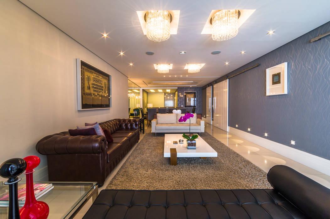 Sala de Estar Salas de estar clássicas por Enzo Sobocinski Arquitetura & Interiores Clássico
