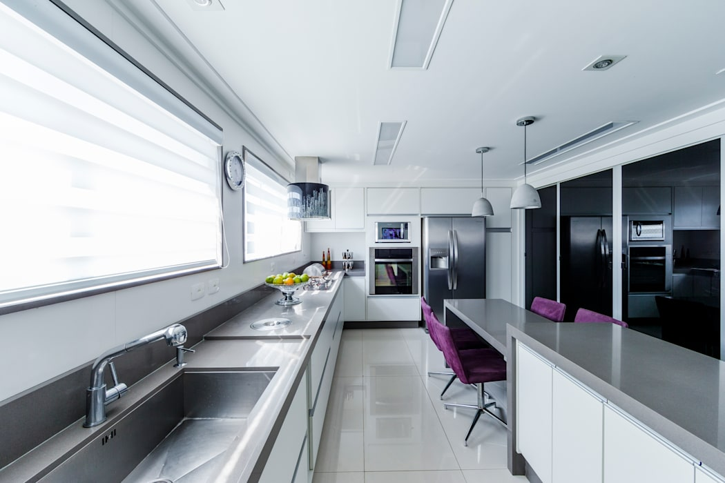 Cozinha: Cozinhas  por Enzo Sobocinski Arquitetura & Interiores