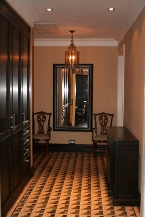 Квартира на Спиридоновке ANIMA Коридор, прихожая и лестница в эклектичном стиле