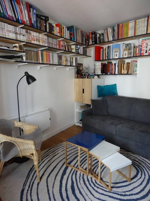 Blue lines: Salon de style  par Emilie Bouaziz Interior design
