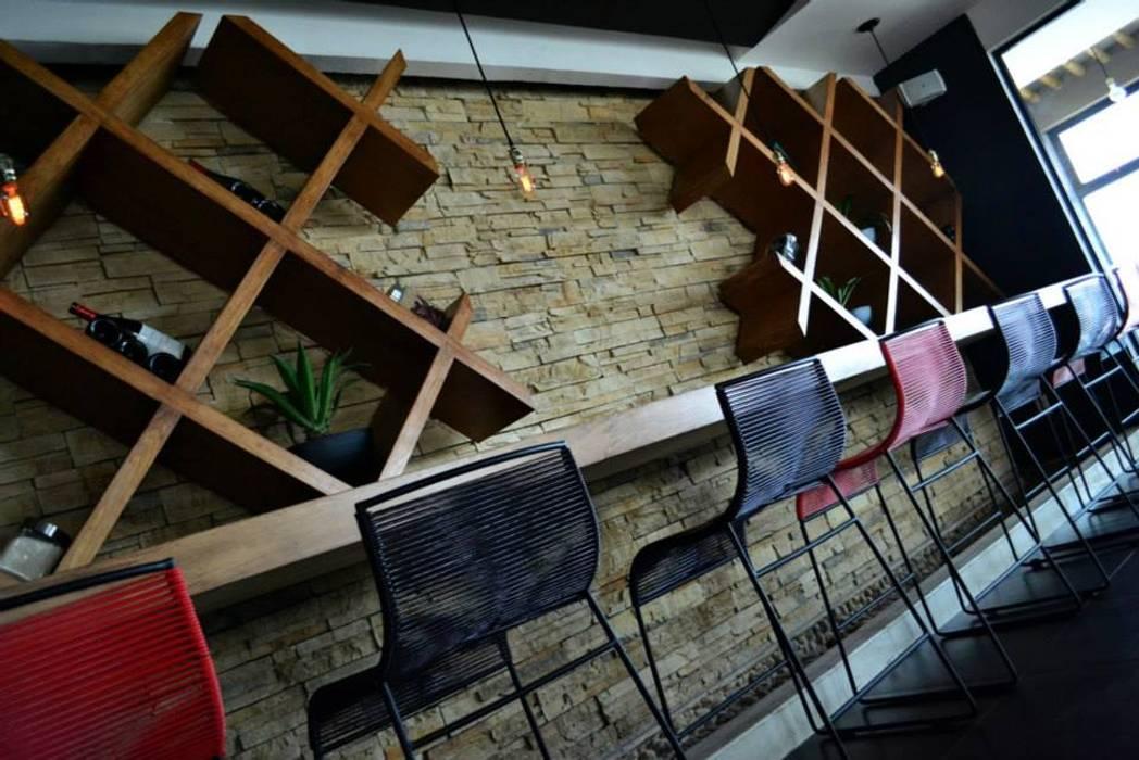 Lámparas Cordón 2. Bares y clubs de estilo industrial de Habanero Mobiliario Industrial
