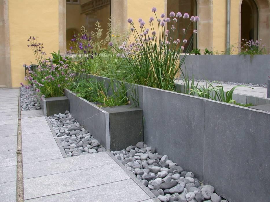 Jardines de estilo  por Digitale Paysage,