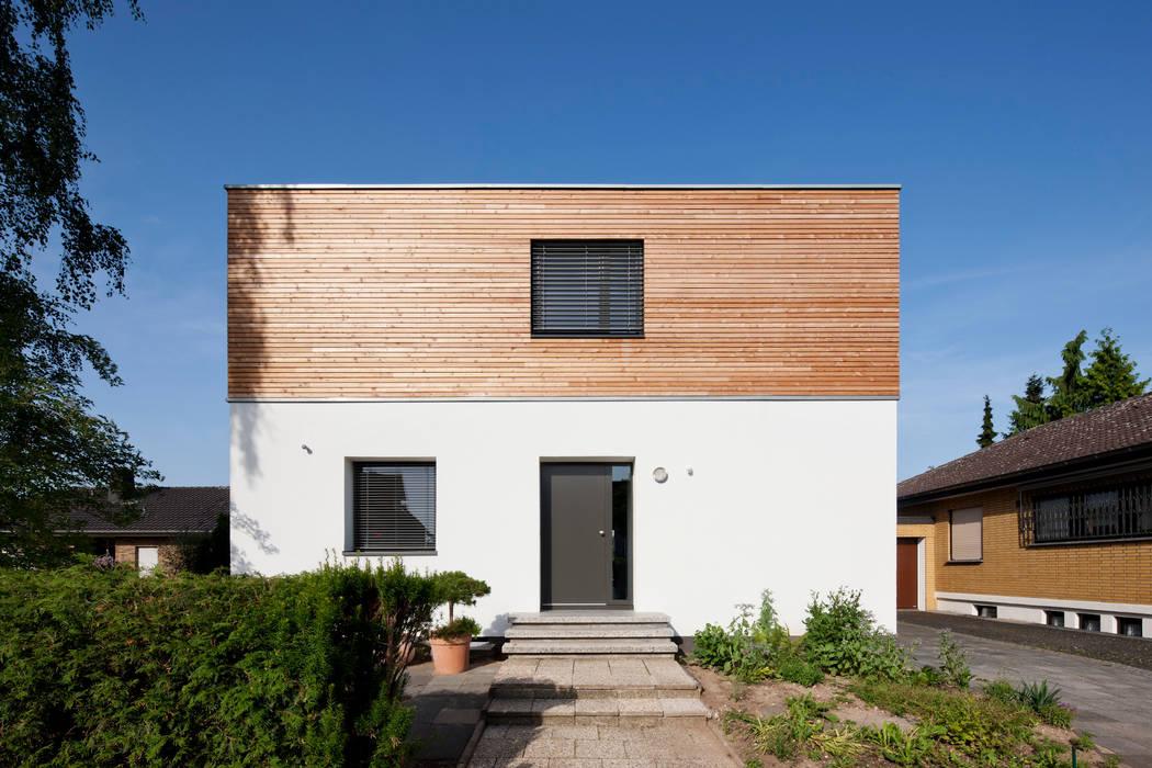 Rumah Modern Oleh Corneille Uedingslohmann Architekten Modern