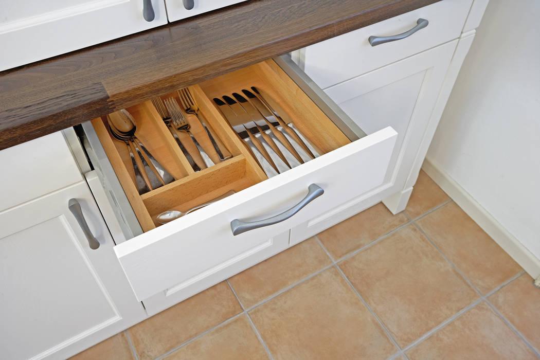 Cocina de estilo  por Küchen Quelle