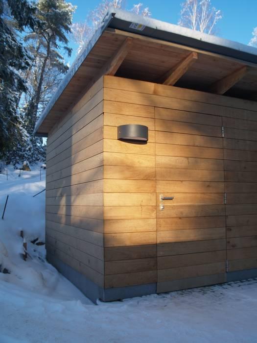 Cousin Architekt - Ökotekt Modern Garage and Shed