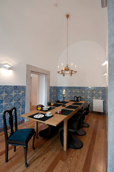 Sala de Jantar: Salas de jantar  por Home Staging Factory