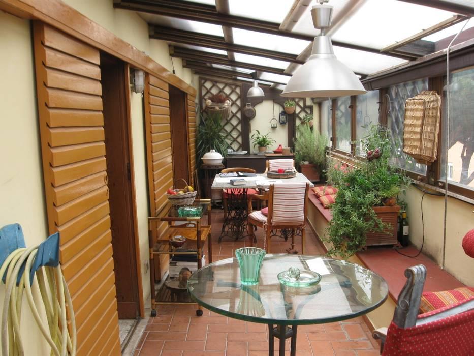 Vendita Attico Montesacro - Città Giardino: Terrazza in stile  di Fabio Arani