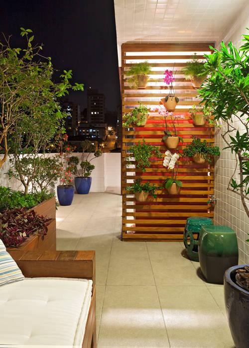 Terrasse von Amis Arquitetura e Decoração,