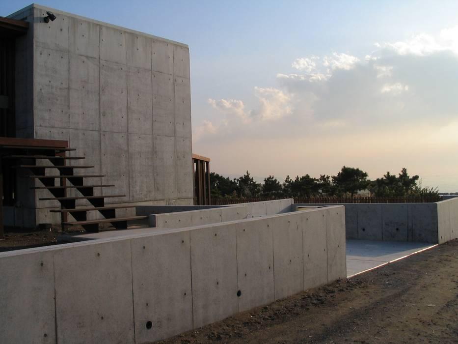 .: 有限会社 アルケ・スナン建築研究所が手掛けたテラス・ベランダです。,