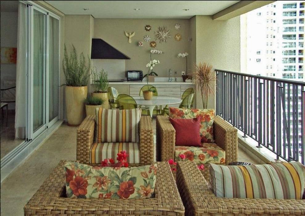 Varanda Gourmet Campo Belo / SP Jardins tropicais por USER WAS DELETED! Tropical