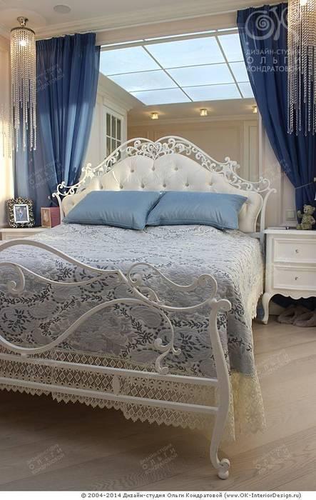 Фото кровати в интерьере спальни в квартире: Спальни в . Автор – Дизайн студия Ольги Кондратовой