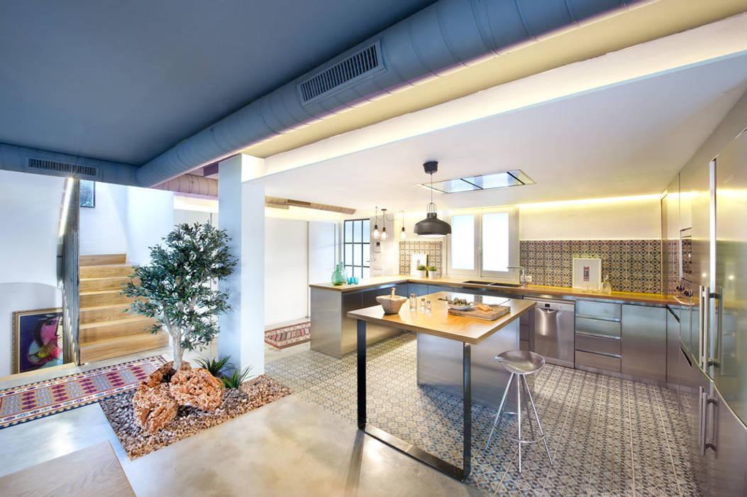 Cocinas de estilo moderno de Egue y Seta Moderno