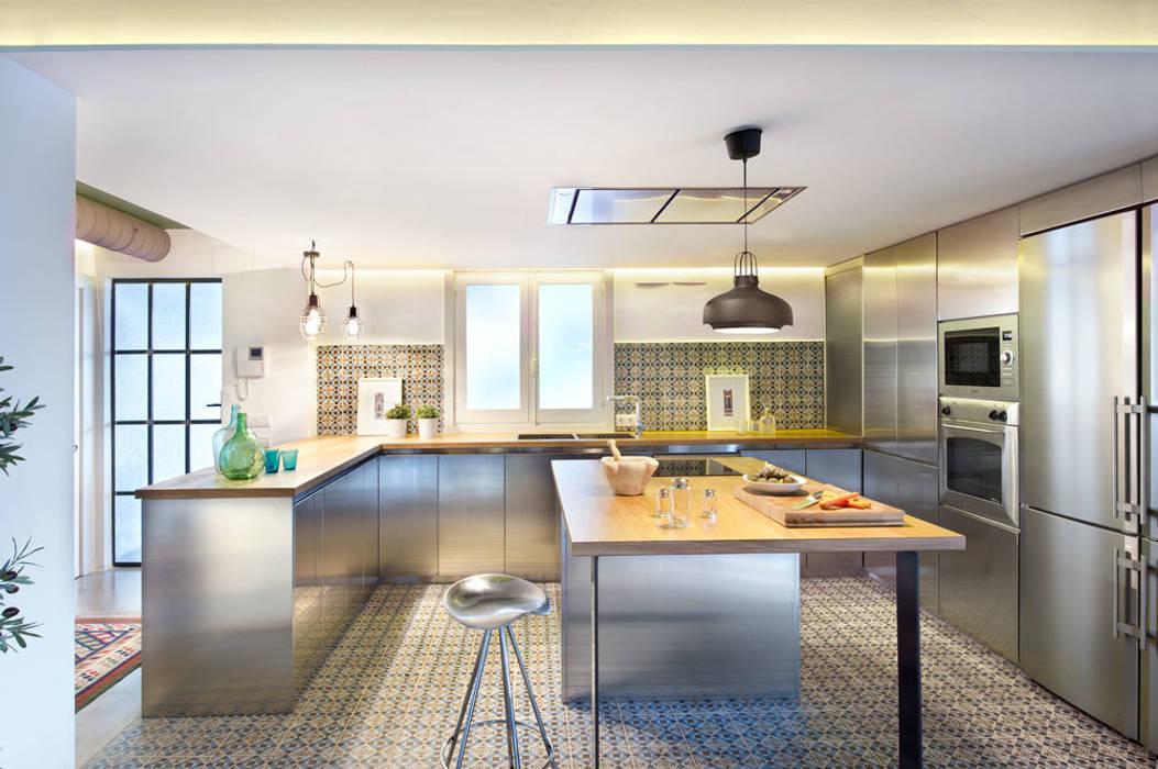 Kitchen by Egue y Seta,