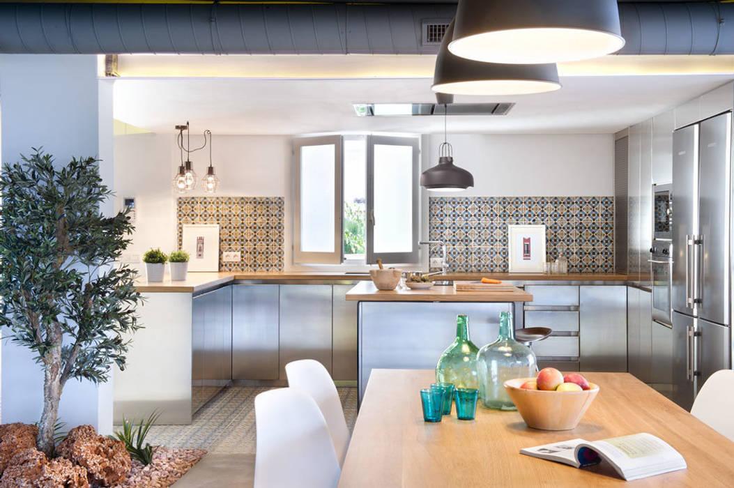 Vivienda en Benicassim. Valencia Cocinas de estilo moderno de Egue y Seta Moderno
