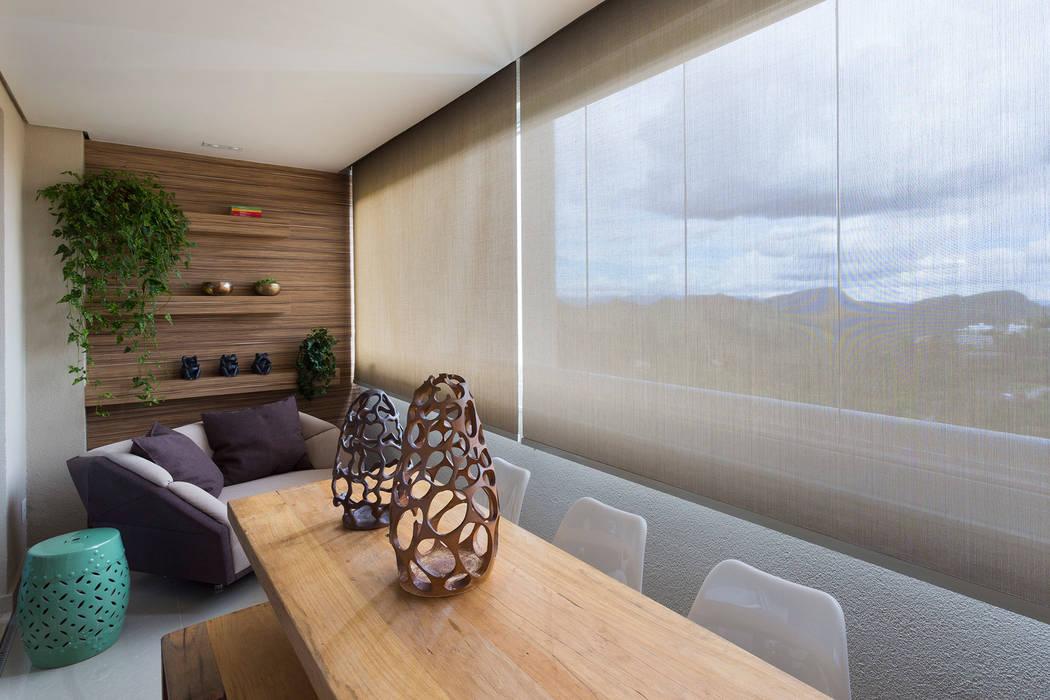 Varanda Gourmert: Terraços  por Haruf Arquitetura + Design