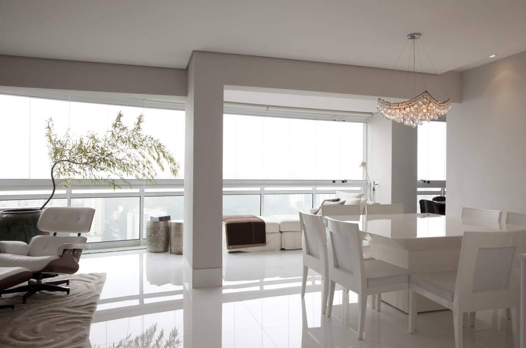 Top House SP Salas de jantar minimalistas por homify Minimalista