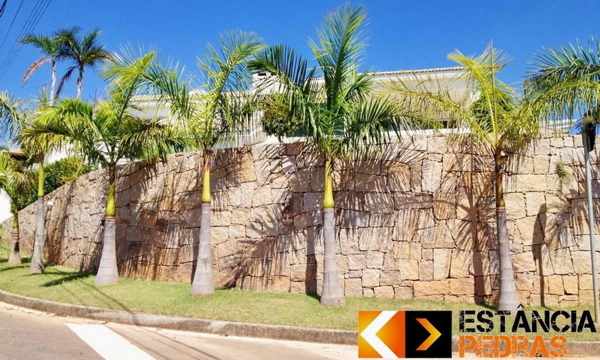 Muro de Pedra Rachão - Estância Pedras Paredes e pisos rústicos por Estância Pedras Rústico