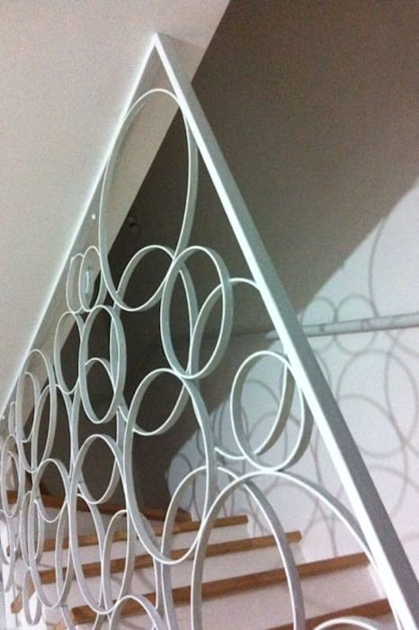 Scala: Ingresso & Corridoio in stile  di Bianca Coggi Architetto