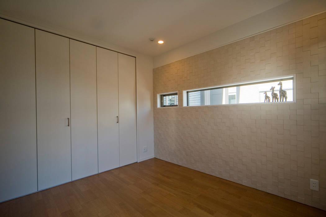 Moderne Schlafzimmer von エムズ アーキテクト デザイン 一級建築士事務所 Modern